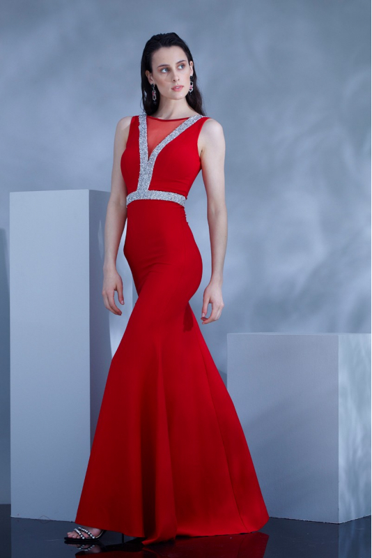 Red crepe maxi sleeveless dress