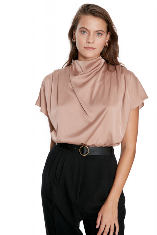 Mink knitted short sleeve blouse