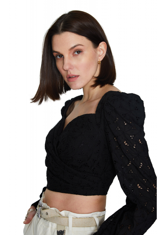 Black lace long sleeve mini blouse