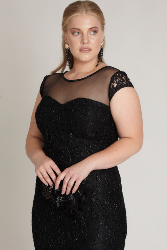 Black plus size lace short sleeve mini dress