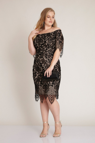 Black plus size short sleeve midi dress